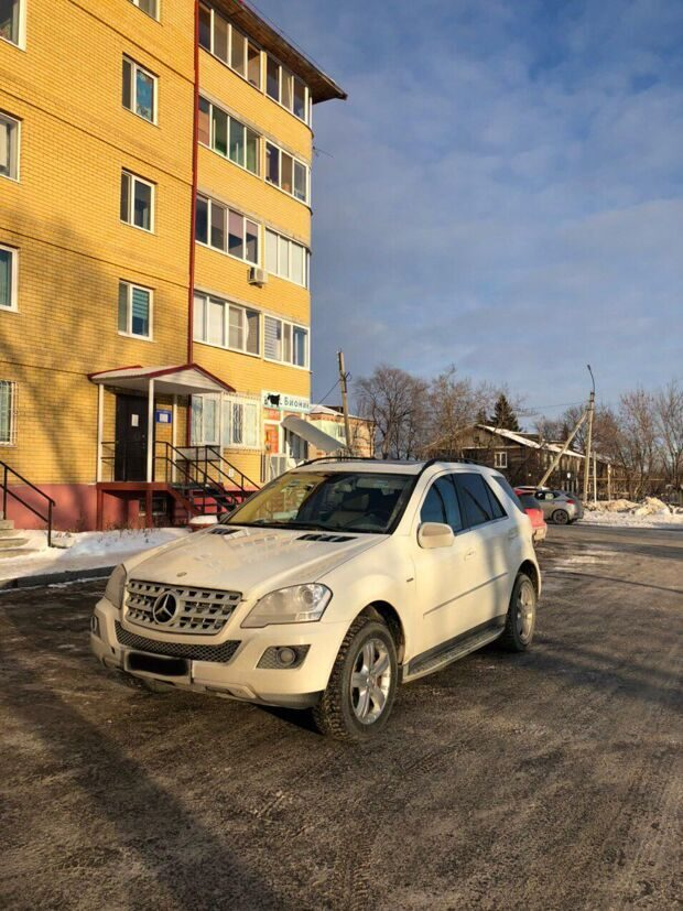 Марка Mersedes Benz ML320